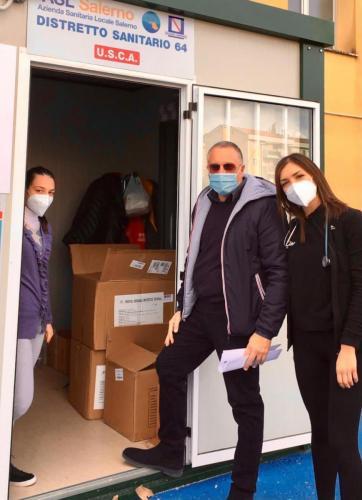L'amministratore Sergio Vocca e lo staff medico